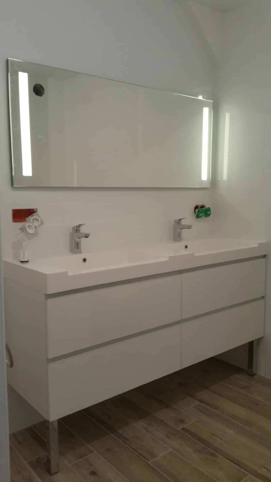 renovation-salle-de-bain-pau-pose-meuble-vasque